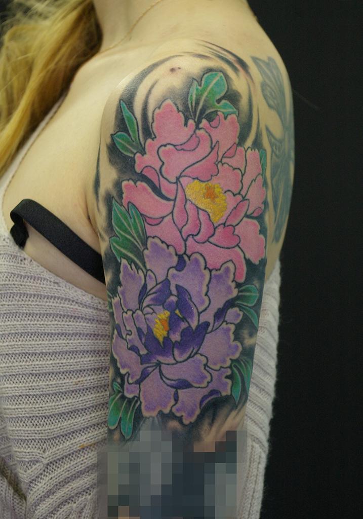 紫とピンクの牡丹