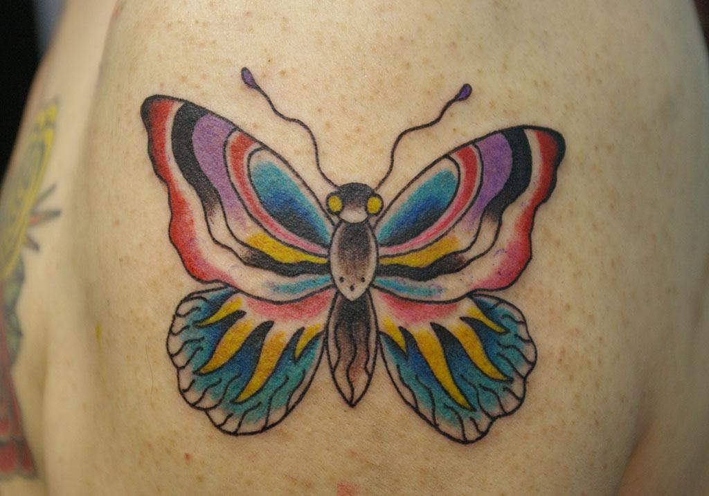 オールドスクール調の蝶