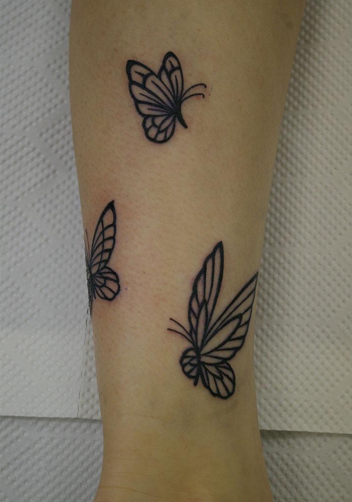 3匹の蝶のトライバル