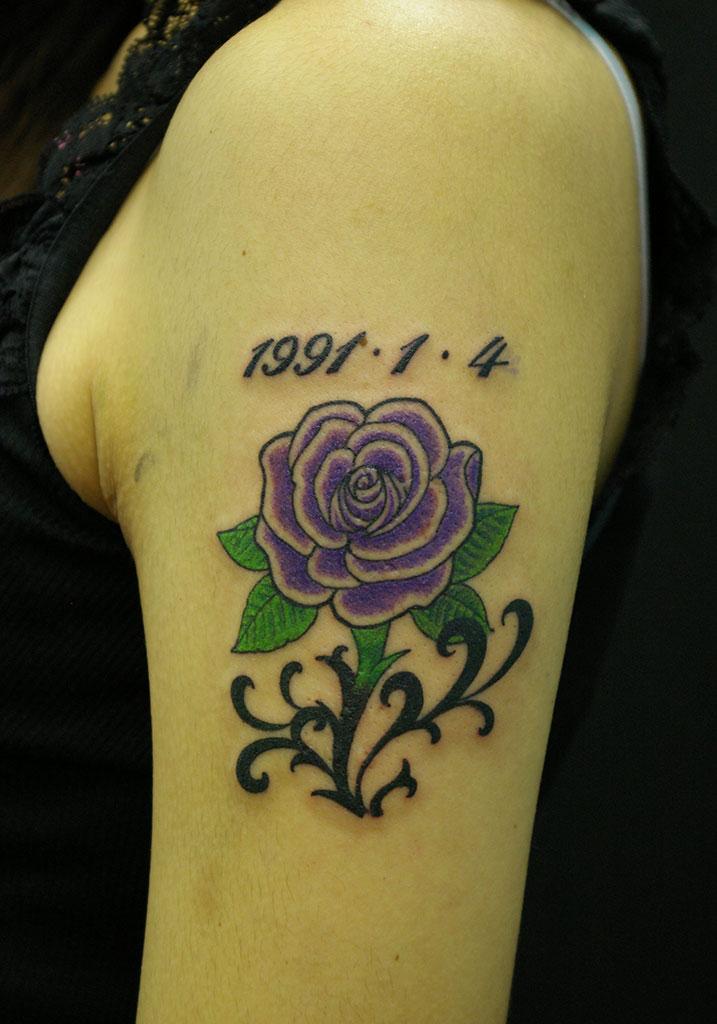 紫の薔薇と数字