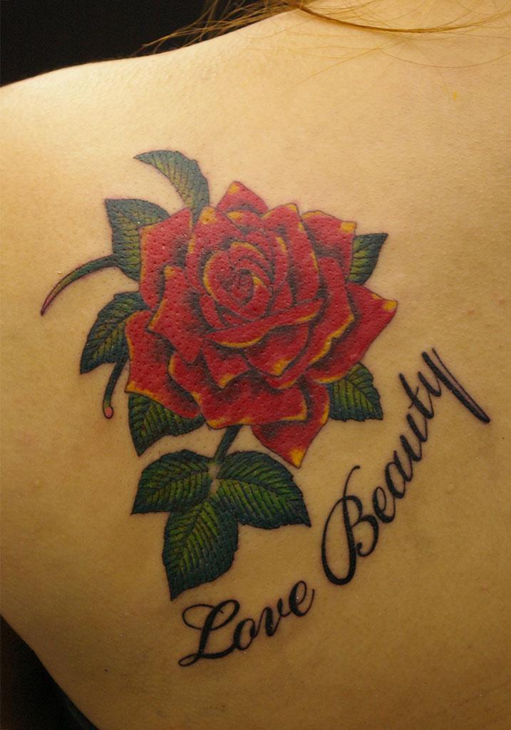 薔薇の花と文字