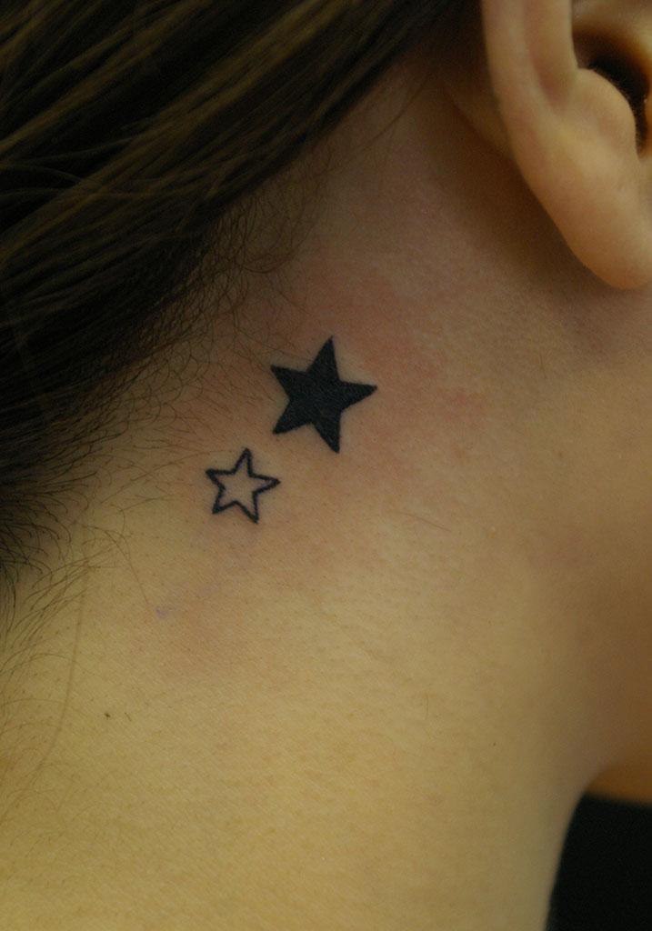 黒色とラインの星
