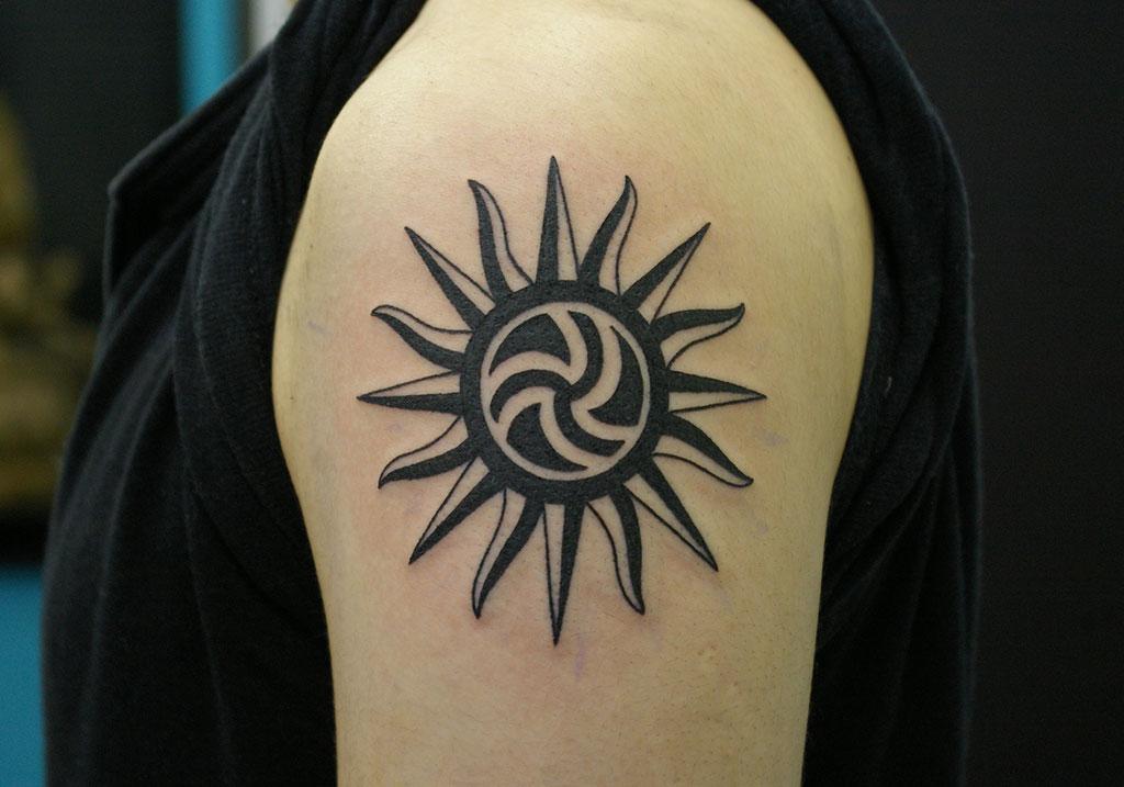 太陽と渦のトライバル