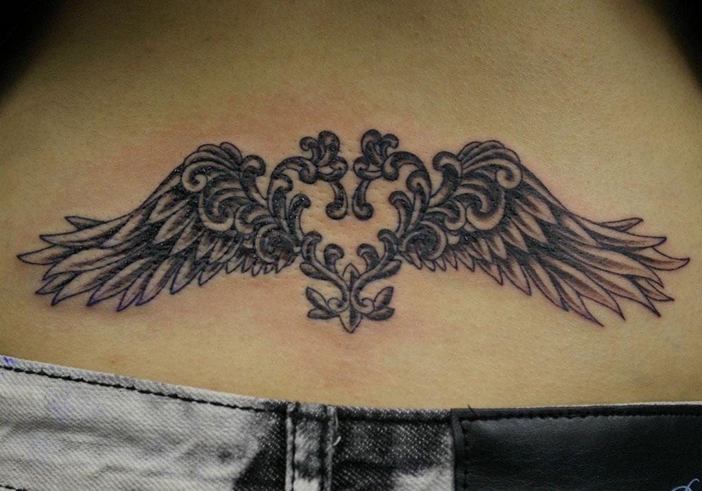 翼とハート